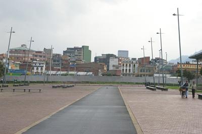 Vista da Alameda Tercer Milenio