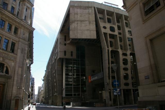 Clorindo Testa - Banco de Londres