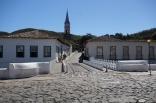 Cidade de Goiás - Ponte sobre o Rio Vermelho. À esquerda o Museu Cora Coralina e ao fundo a Igreja do Rosário